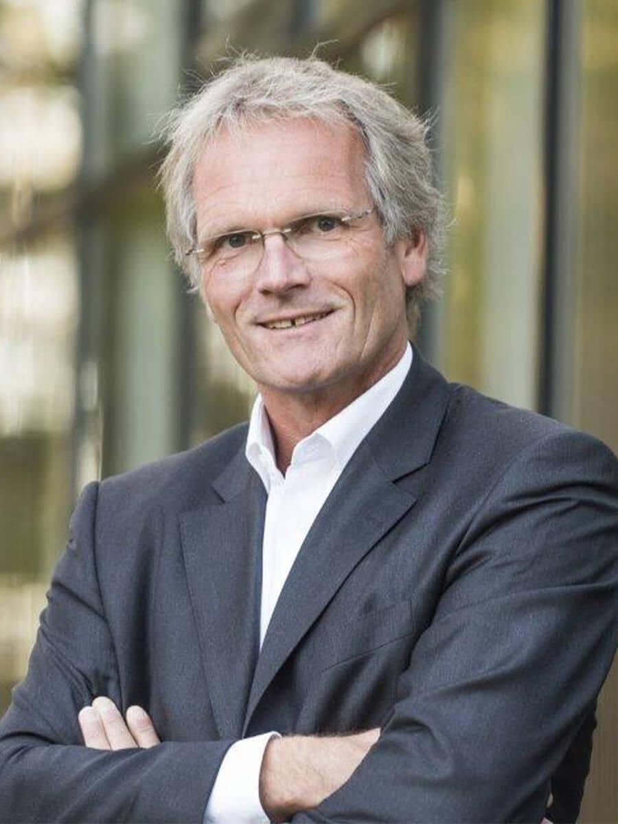 Dr. Patrick Tegeder